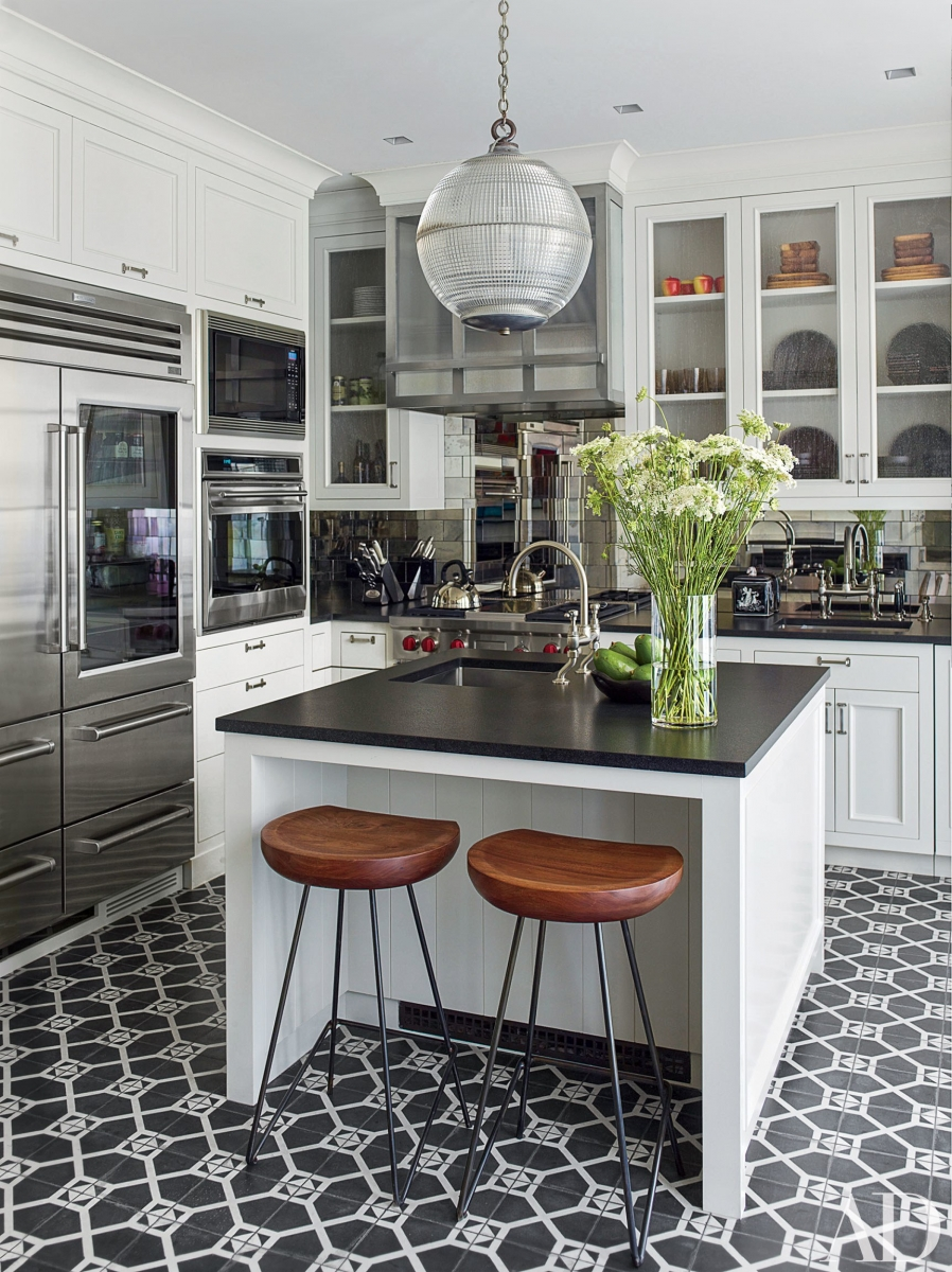 Remodeled Black and White Kitchen